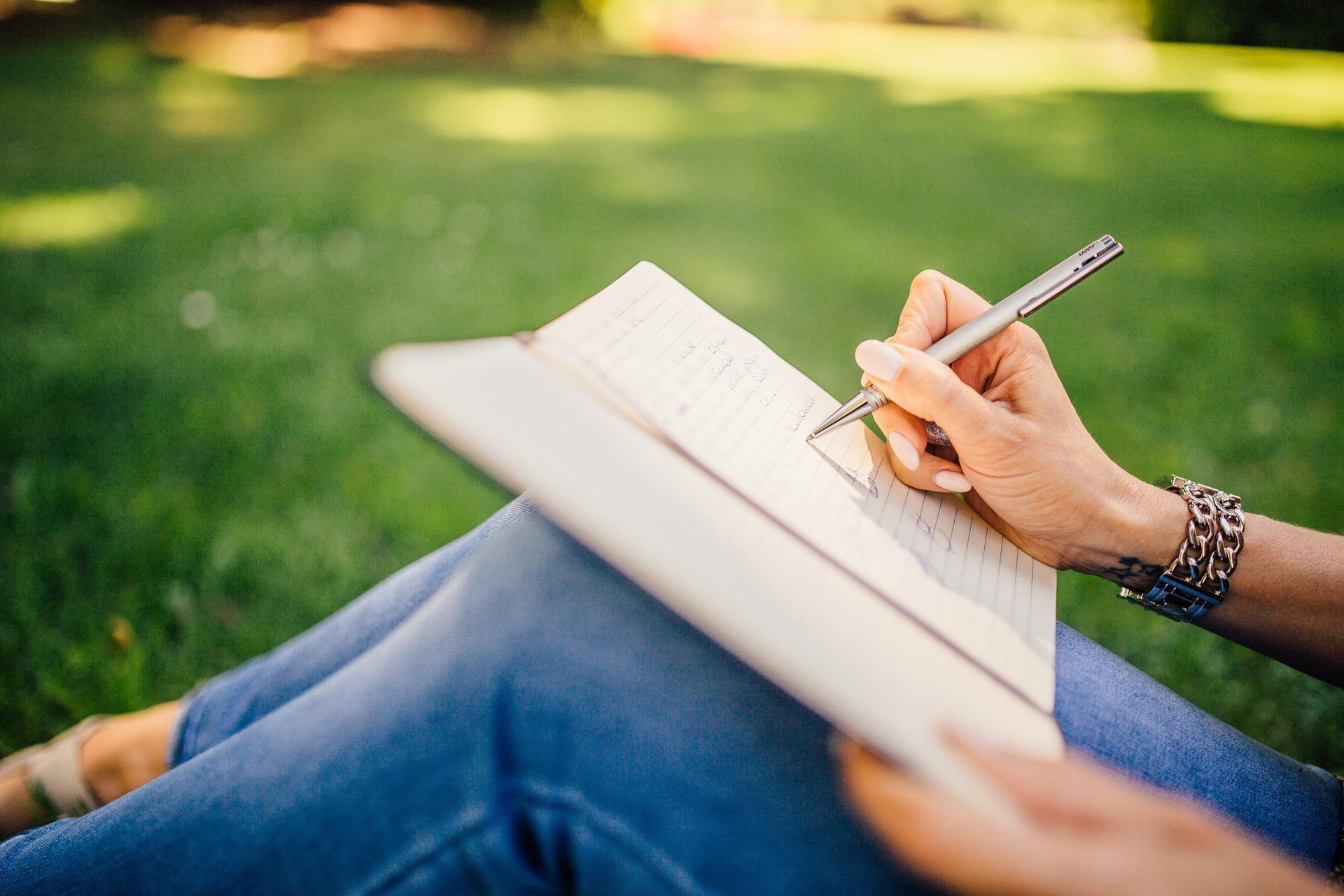 Pistes pour écrire au quotidien