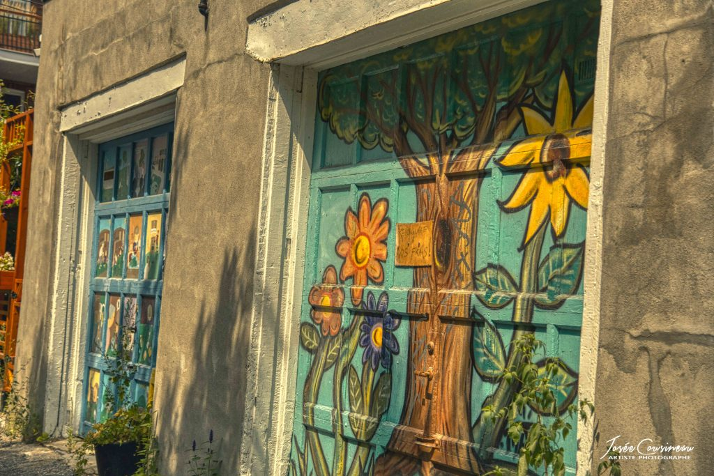 Portes de garages peinte à la main