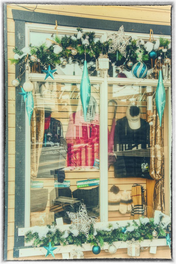 Les vitrines de Noël à Saint-Sauveur